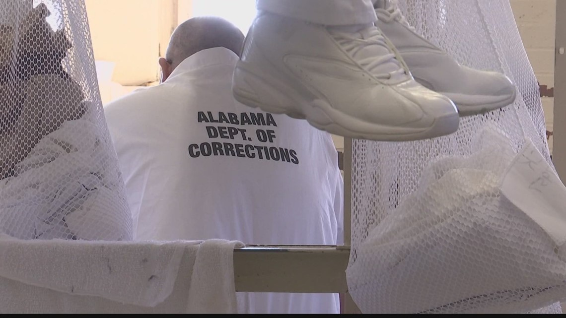 Alabama lawmakers debate using COVID funds to build prisons