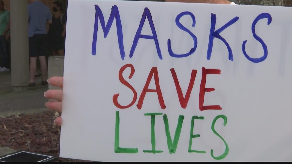 Some Huntsville City Schools parents protest masking policy at board meeting