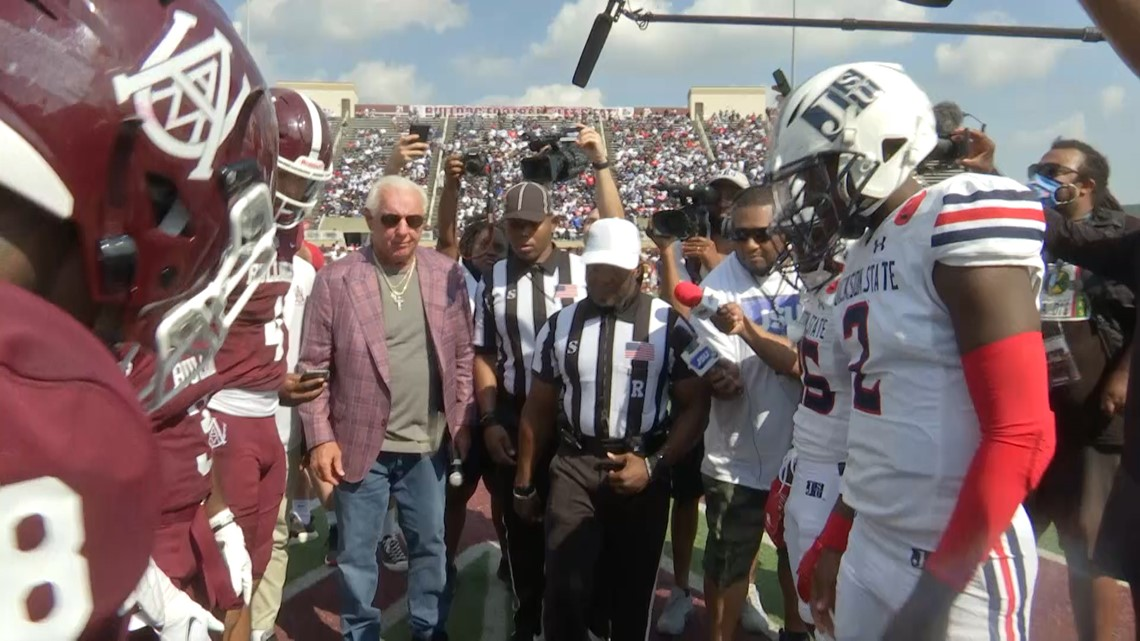 Jackson State routs AAMU, 62-15
