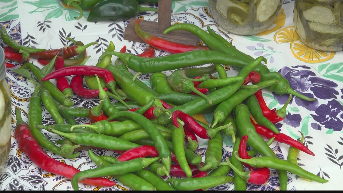 Sweet Grown Alabama helps you find local, healthy food
