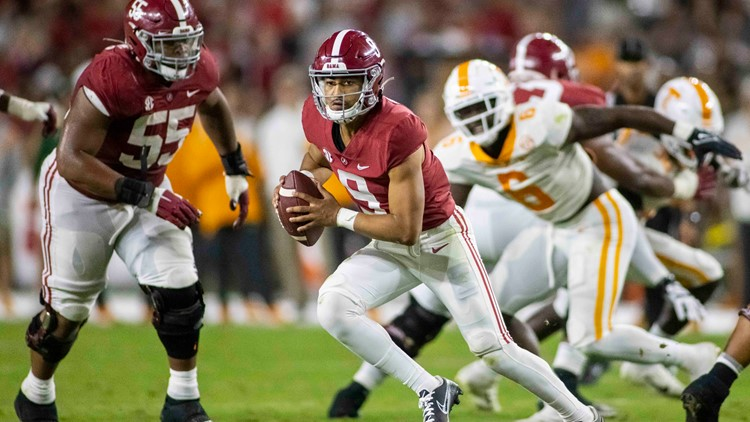 Young & Robinson power No. 4 Alabama past Tennessee 52-24