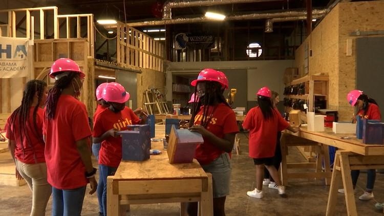 'Eureka!' summer program teaches teen girls about careers in STEM, construction