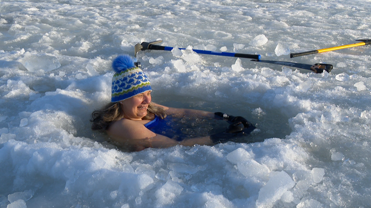 A big chill: Two Michigan woman say icy dips have health benefits